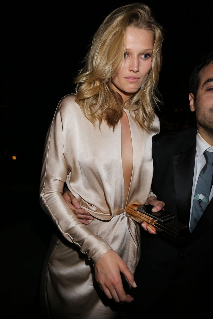 toni-garrn-leaving-chopard-party-in-cannes-may-2015_1